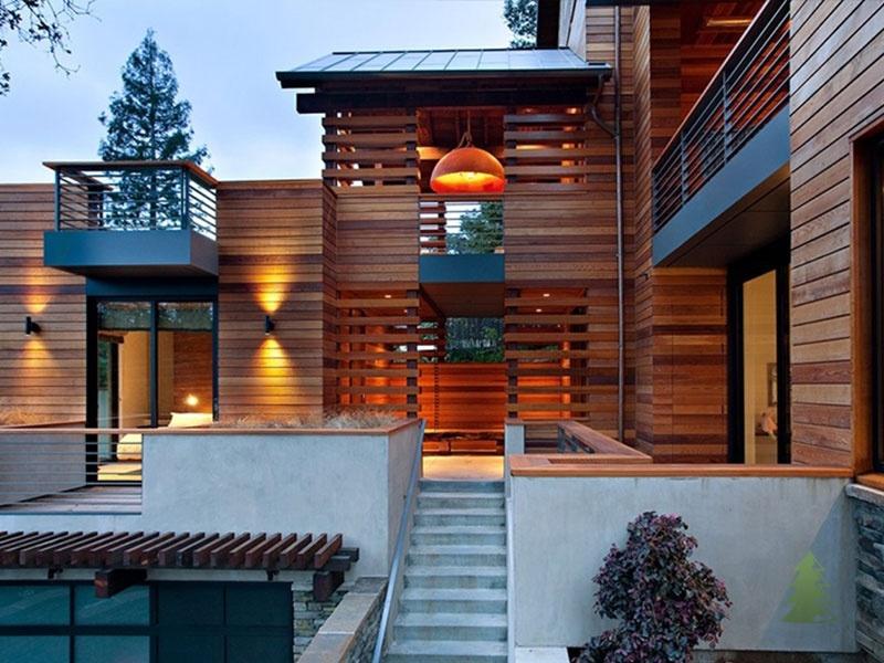 Дерево для отделки фасада дома